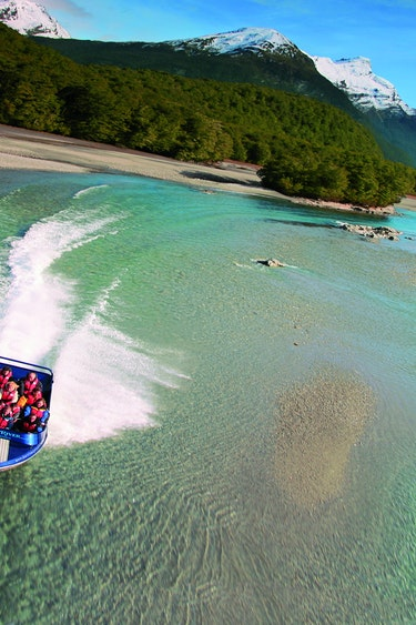 Nz glenorchy jet boat national park family see and do active