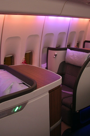 Nz cathay pacfic seats friends flights first class