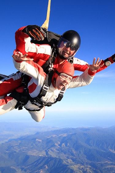 Nz abel tasman skydive plane mountains happy friends see and do adventurous