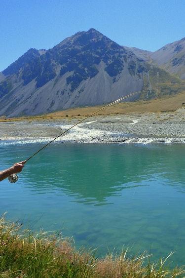 Nz aspiring fly fishing 2 friends active