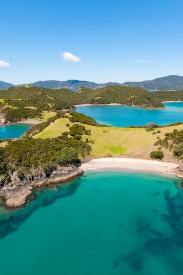 Nz bay of islands sailing nature view friends see and do easy going