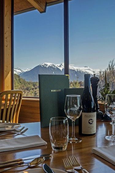 Nz arthurs pass lodge dinner nature view friends stays luxury