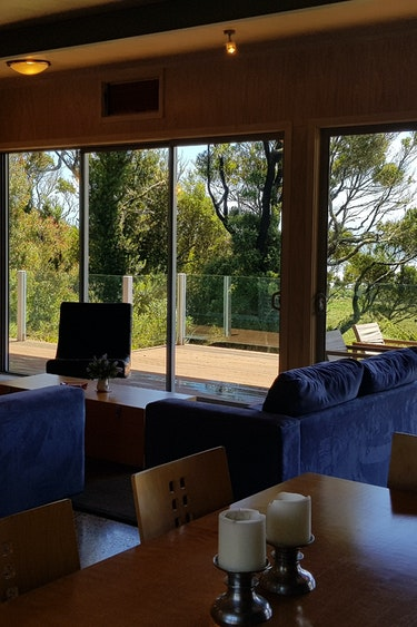Nz charleston holiday home living area view friends stays comfortable