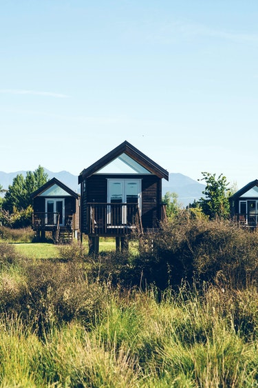 nz-nelson-hut-property-view-partner-accommodation-comfortable
