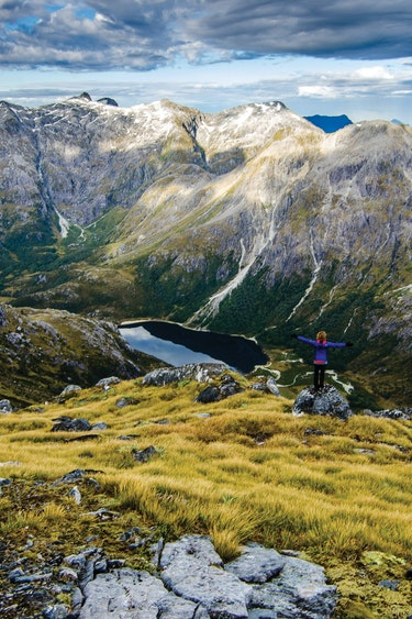 Nz fiordland helicopter hike view mountain partner see and do adventurous