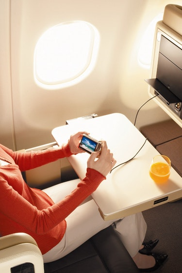 Singapore airlines business entertainment