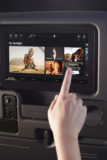 Singapore airlines premium economy entertainment