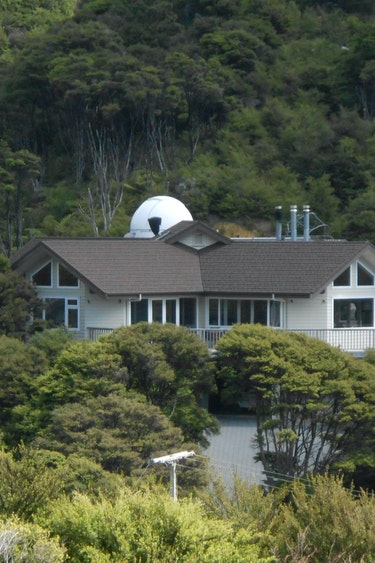 Nz coromandel bed breakfast nature outside solo stays very comfortable