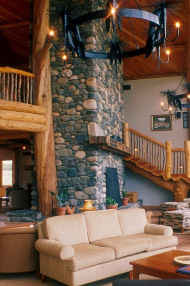 Nz fiordland lodge living area view solo stays luxury