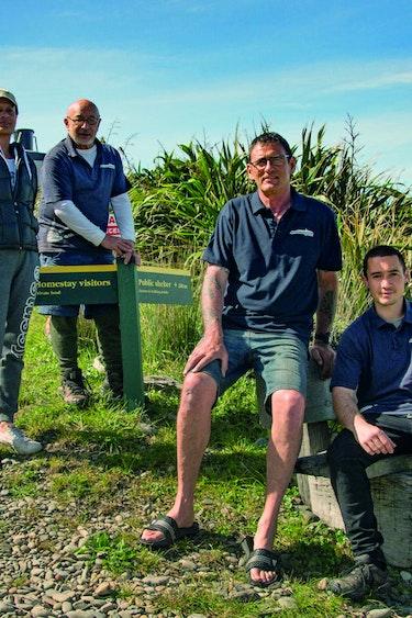 Nz kapiti island maori barrett family stays very comfortable