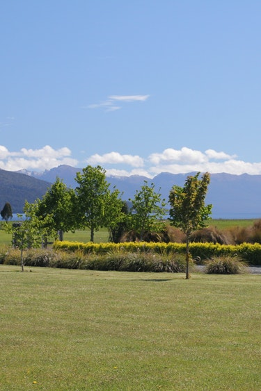 Nz te anau bed breakfast outside nature view stays comfortable