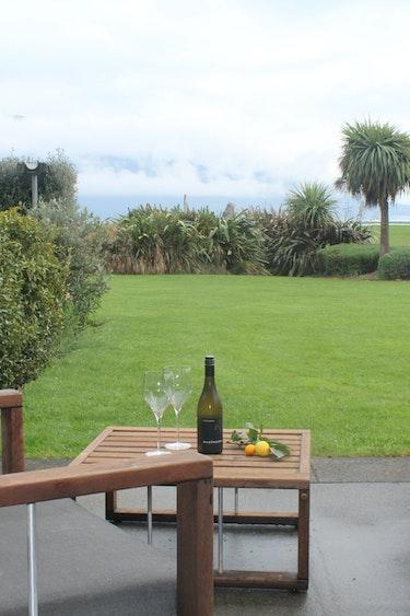 Nz te anau bed breakfast terrace wine view stays comfortable