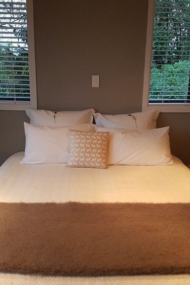 Nz whitestone bed and breakfast 1 solo comfortable