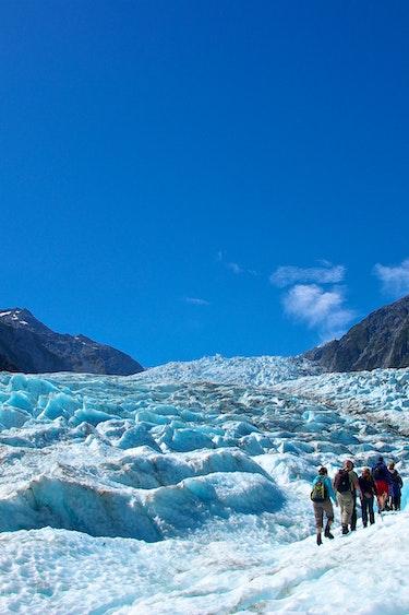 Nz fox glacier heli hiking solo best travel time